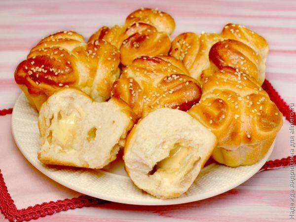 Картинки по запросу Сырная булочка с сюрпризом: удивлять нужно со вкусом