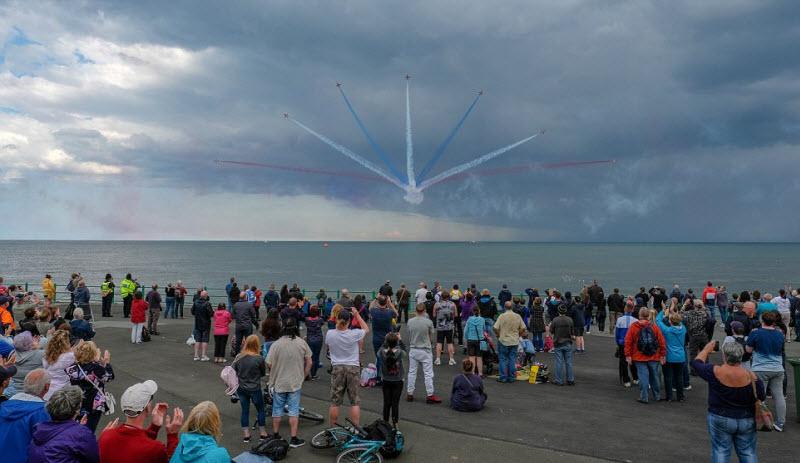 В Великобритании прошло зрелищное авиационное представление