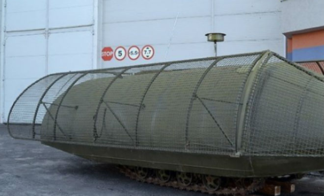 Украина выводит на поле боя танки из тракторов и цистерн