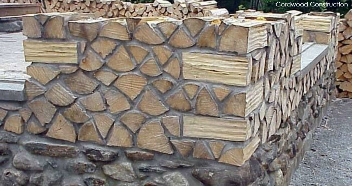 Строительство домов из дров и глины