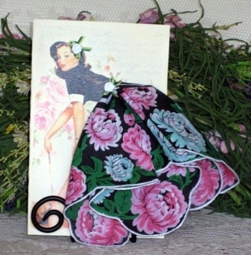 Объемные открытки с использованием носовых платков.