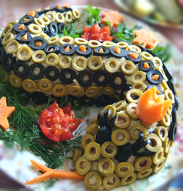 новогодние салаты змея с фото