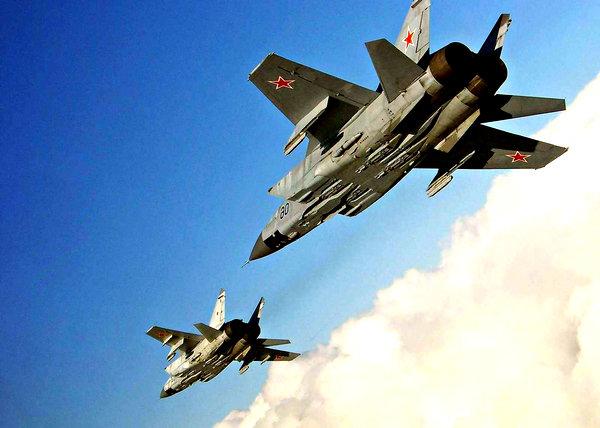 Иностранцы: «Бросок военной авиации РФ через Арктику показал, что с этой стороны США для России беззащитны»