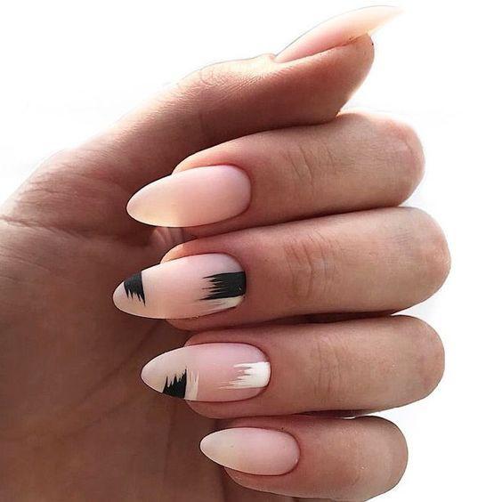 мазки на ногтях