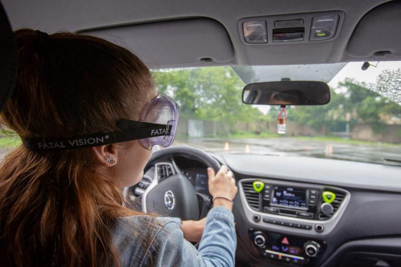 Сотрудники ГИБДД продемонстрировали трезвым водителям, каково водить «подшофе» авто и мото,автоновости,гибдд,НОВОСТИ,Россия