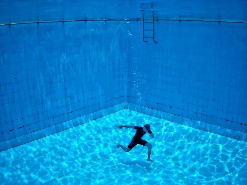 Удивительные фотографии, которые были сняты под водой фотография