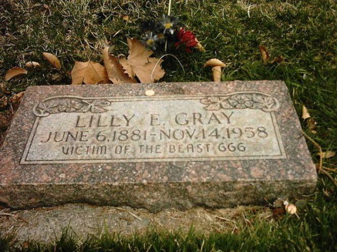 Памятный камень на могиле Лилли Грэй на кладбище Солт Лэйк Сити