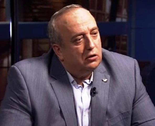 Сенатор прокомментировал ситуацию с «признаниями» украинского десантника относительно нацистского шеврона