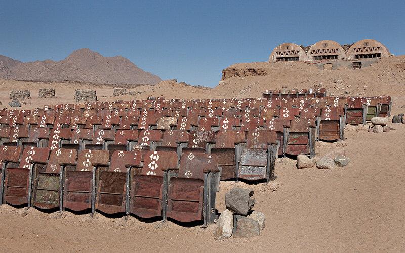 Загадочная история единственного в мире кинотеатра посреди пустыни