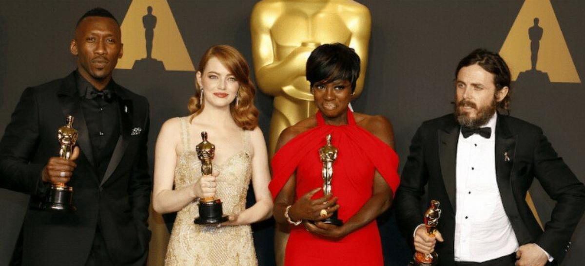 В этом году церемония вручения кинопремии «Оскар» прошла на удивление скучно и незаметно.Что же...
