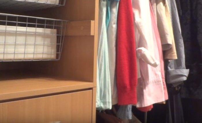 Как уберечь вещи и обувь от пыли в шкафу