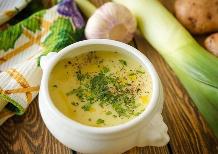 Шедевр французской кулинарии: нежнейший луковый суп-пюре