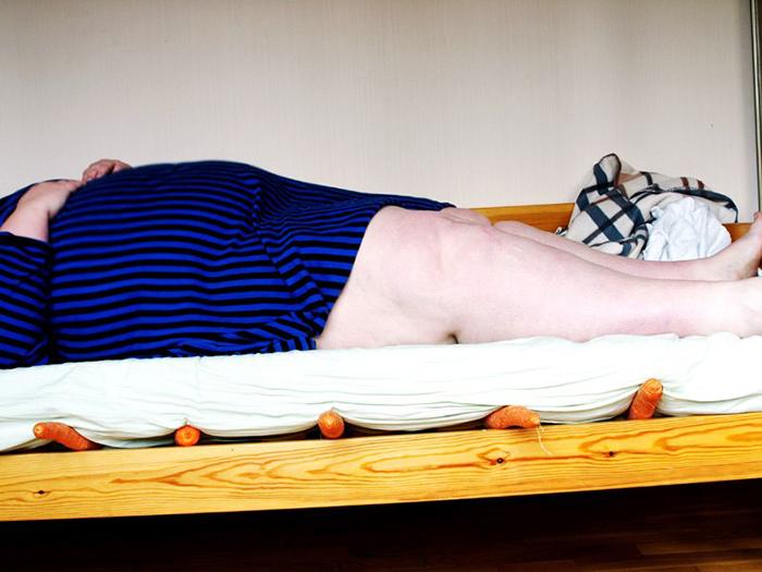 Слишком честно: «Чёрный юмор» по-фински на скандальных селфи Ийю Сусирайя ийю сусирайа