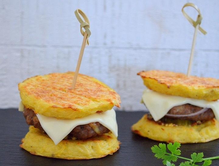 Удивительно вкусные картофельные бургеры с мясом. Блюдо дня
