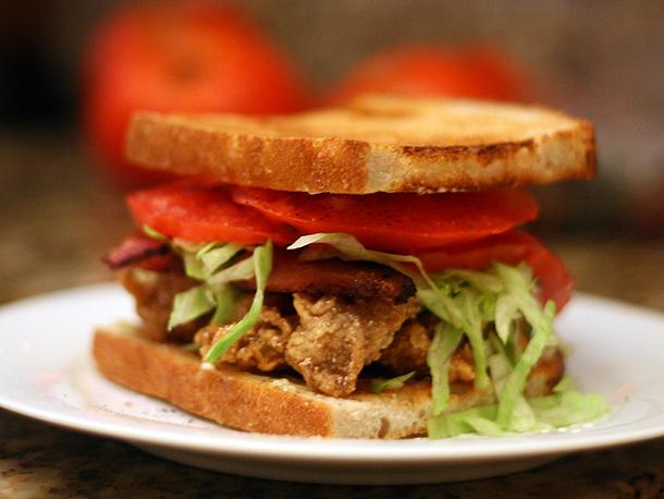 Самый вредный, но самый вкусный сэндвич!