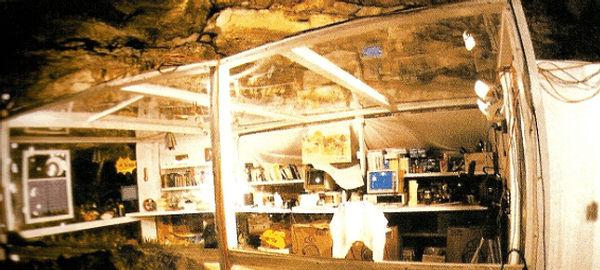 Истории людей, которые месяцами жили в пещере и не сошли с ума интересные люди,интересные факты,история,паранормальное,увлечения,ужас,фотография,экстремальный туризм