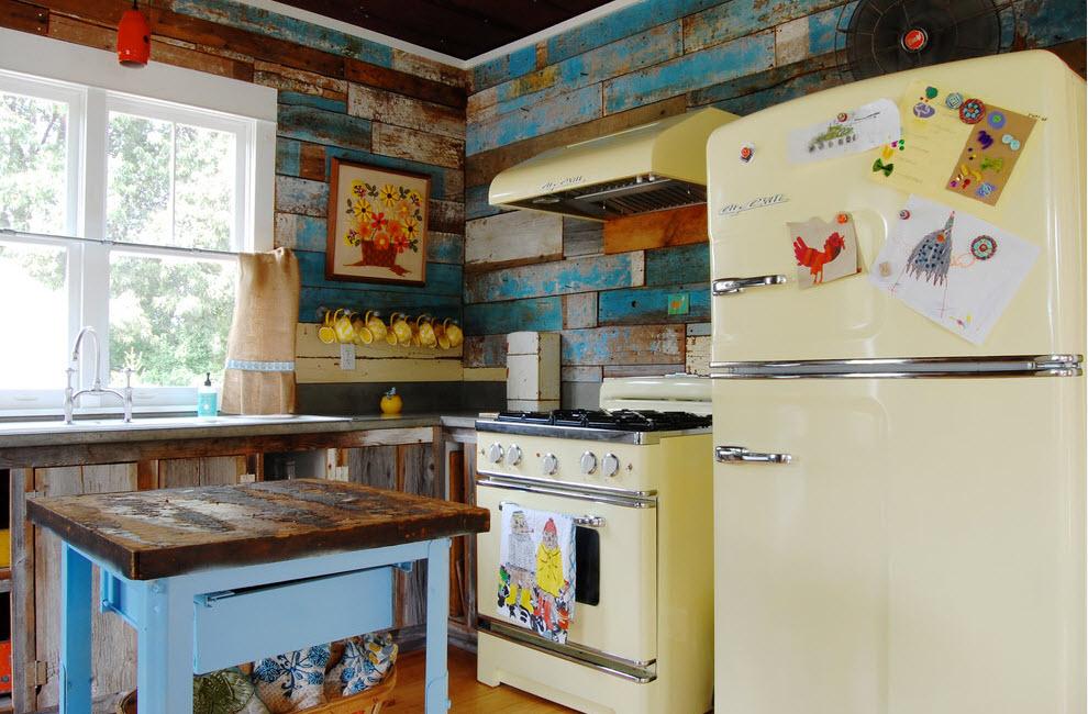 Холодильник в ретро-стиле
