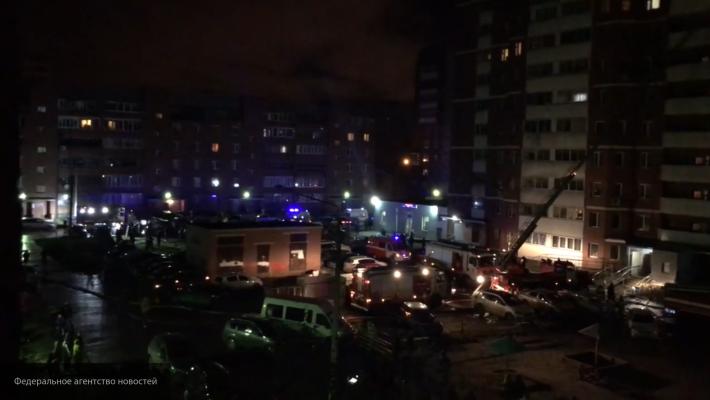 В Екатеринбурге горит 16-этажный дом, более 120 жителей эвакуированы