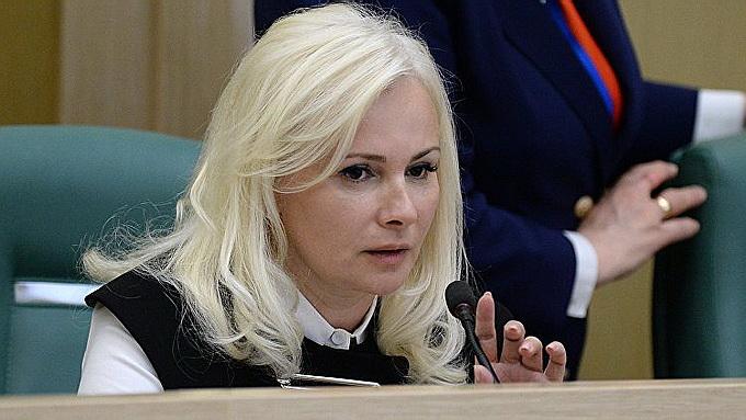 Украине нужно ударить по рук…