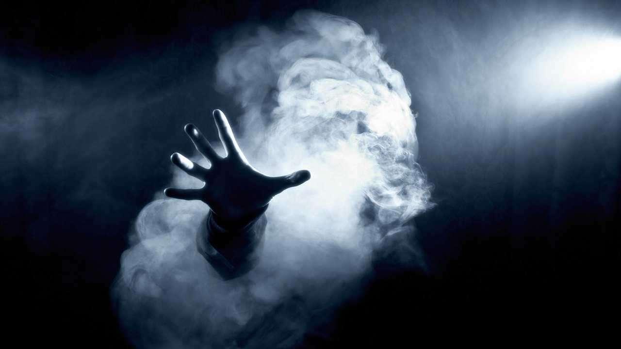 Призрачные руки привидений