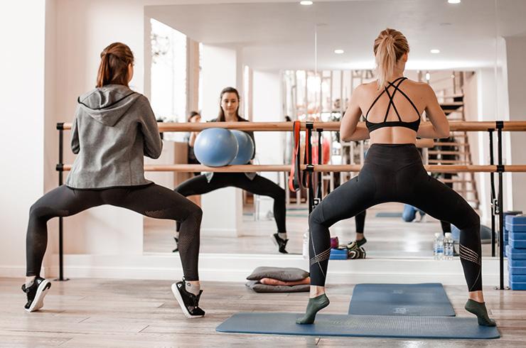 Вместо фитнеса и занудного спортзала: что такое бьюти-барре и чем они полезны барре,здоровье,красота,тренировки