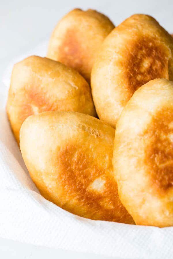 Вкусная начинка из творога для пирожков: рецепт приготовления с фото