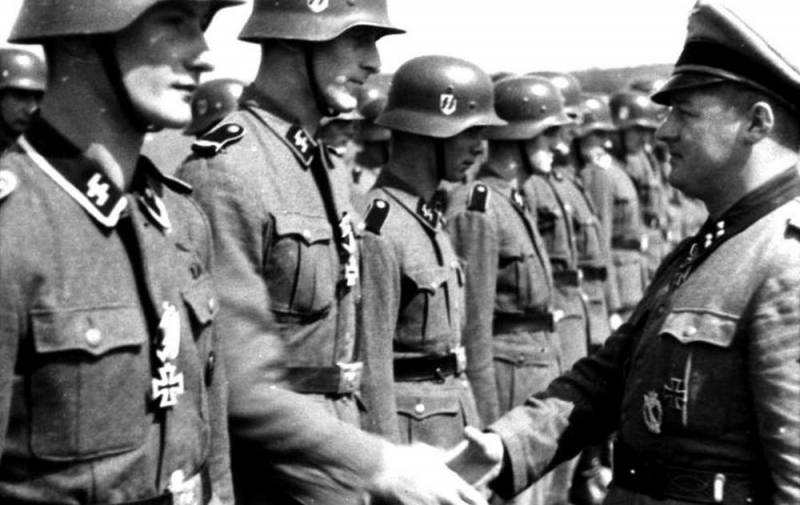 Как Франция начала с героизации 12 воинов СС, а кончила 12 убитыми в «Шарли Эбдо» Политика