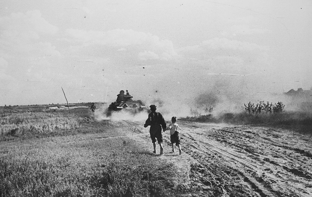 картинка военных дорог