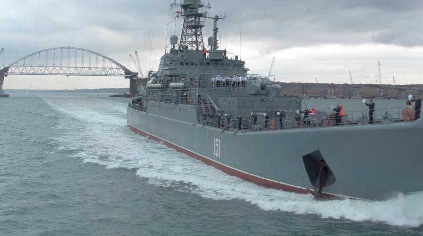 Весь флот смеялся: украинцы опозорились под Крымским мостом