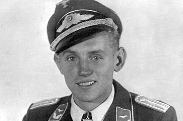 Коричневая легенда. Кем на самом деле был Эрих Хартманн? великая отечественная война