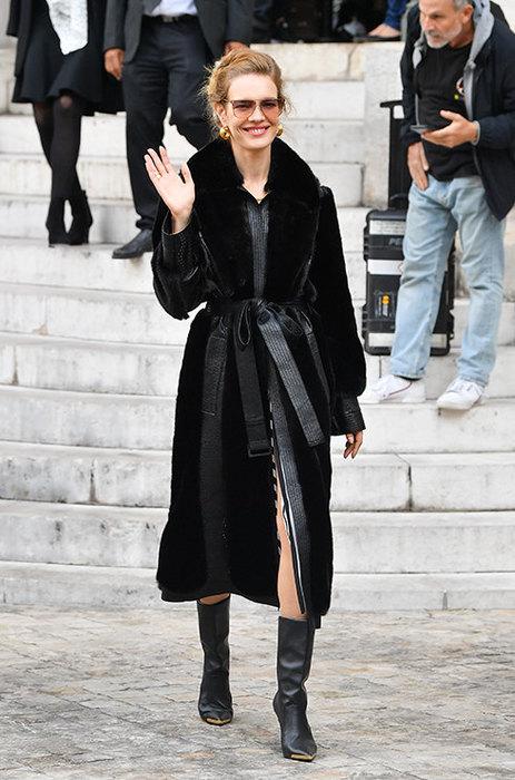Как носить пояс с верхней одеждой: 8 практических советов знаменитости,мода и красота,модные образы,модные тенденции,одежда и аксессуары,стиль