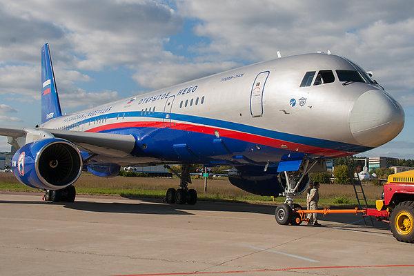 Первый этап освидетельствования нового Ту-214ОН с отечественными цифровыми аэрофотокамерами пройдет в Кубинке