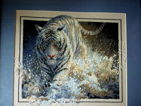 * Белый тигр*