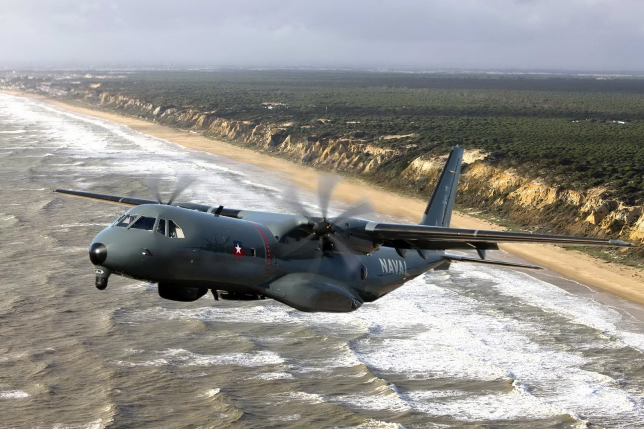 Ангола заказывает три базовых патрульных самолета С295