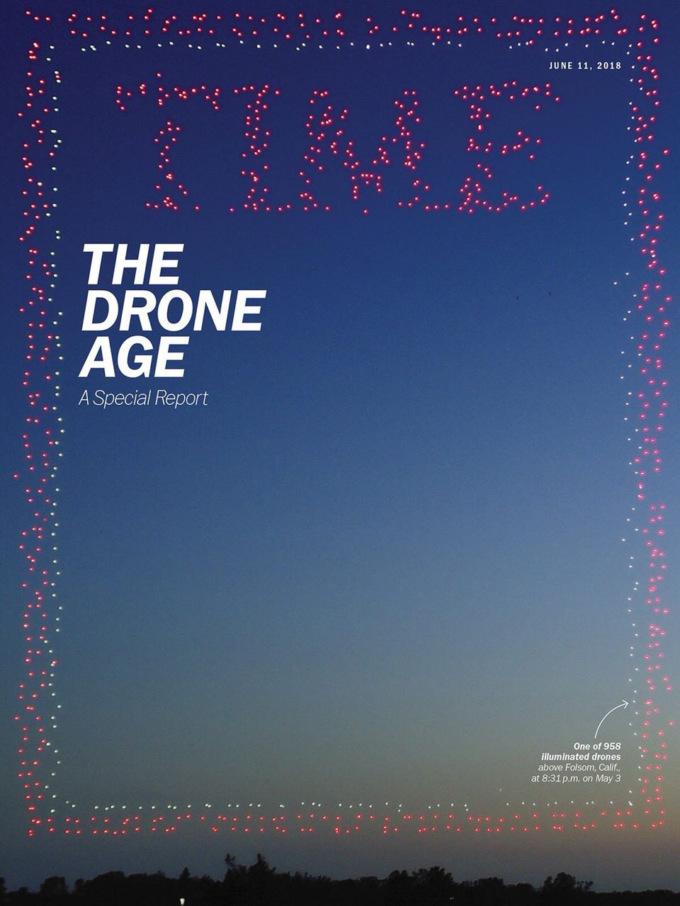Для обложки журнала Time подняли в воздух 958 дронов