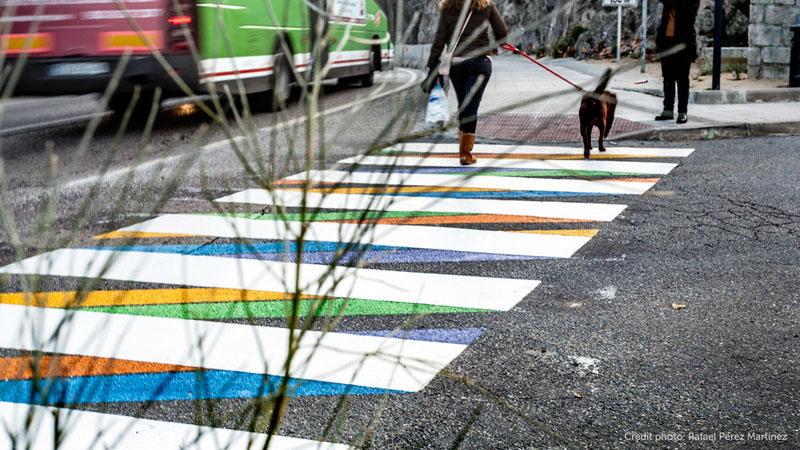 Яркие пешеходные переходы в Мадриде
