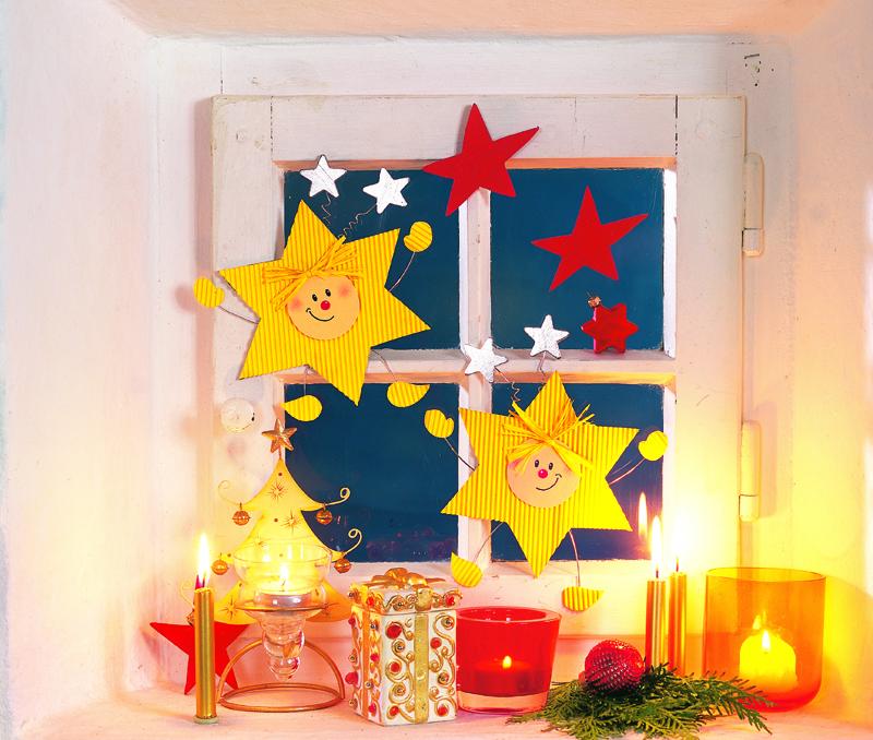 Декорируем окно к Рождеству …