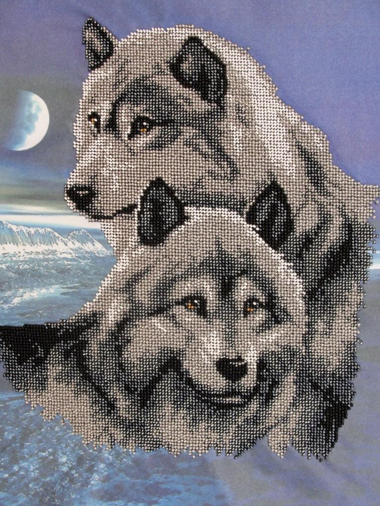 Вышивка скачать пара волков