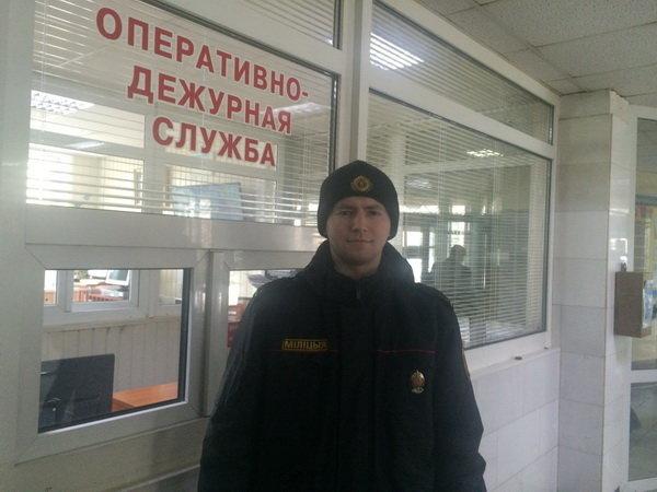 Юный милиционер каждый день провожал домой 40-летнего мужика
