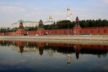 СМИ: Путин может сменить половину своих полпредов в федеральных округах