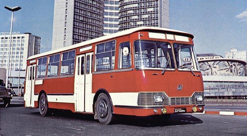ЛиАЗ 677 Экспериментальный история, советские автобусы, транспорт
