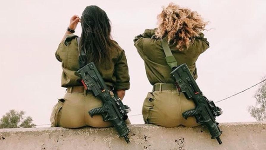 Военные девушки их попки фото — 1