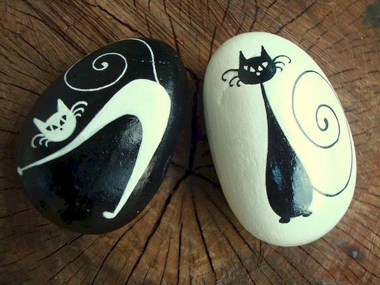 Декор своими руками: котики, нарисованные на морской гальке