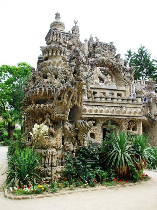 «Идеальный замок» стал национальным достоянием Франции.