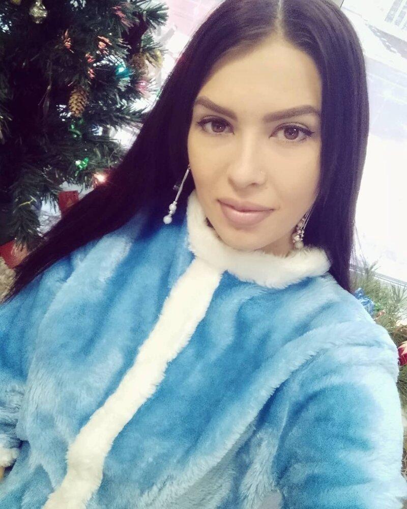 11. девушки, дед мороз, красиво, новый год, снегурка, снегурочки