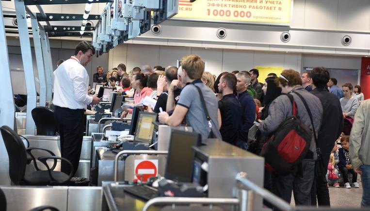 Более 30 рейсов задержали и …
