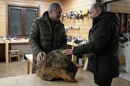 Песков назвал регион отдыха Путина и Шойгу Россия