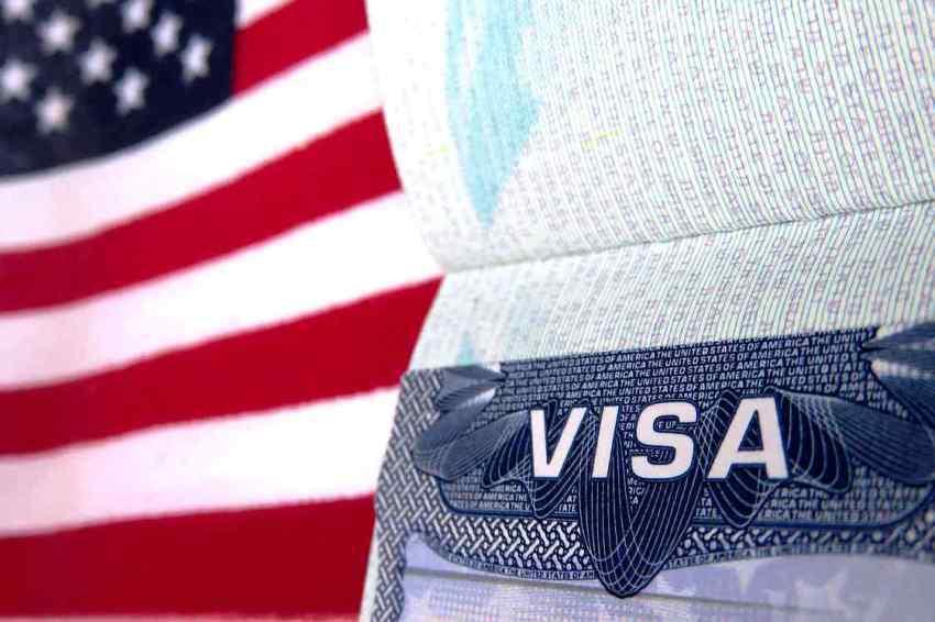 От ворот поворот. Кому и почему американская виза не гарантирует въезд в США