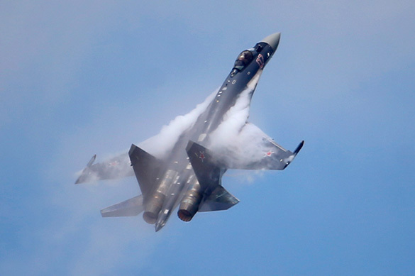 """Европейские эксперты: F-18, """"Рапторы"""" и F-35 бессильны против Су-35"""