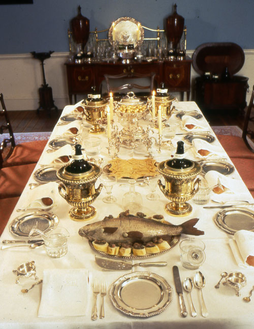 всех фото старинных праздничных столов днем